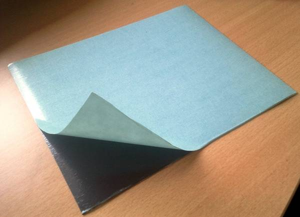 Plaque autocollante plaque autocollant sur enperdresonlapin for Plaque en inox autocollante